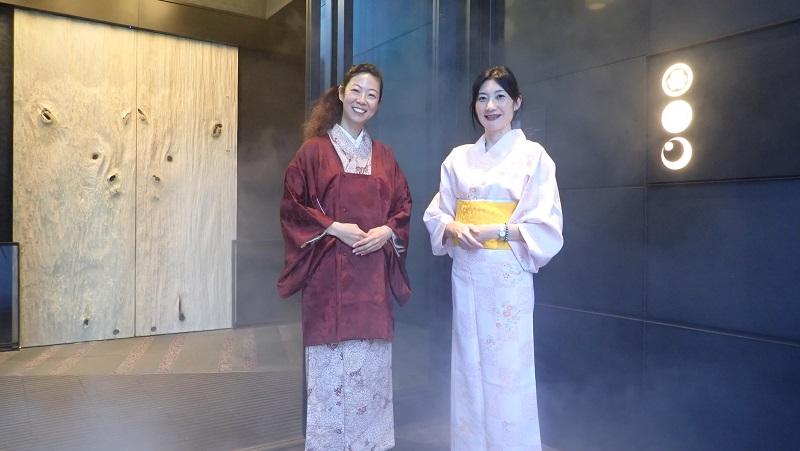 星のや東京の玄関にて_JapanesQueen
